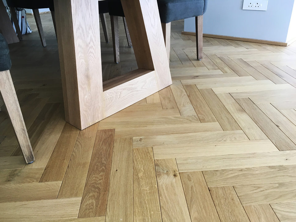 Engineered & Solid Wood Herringbone