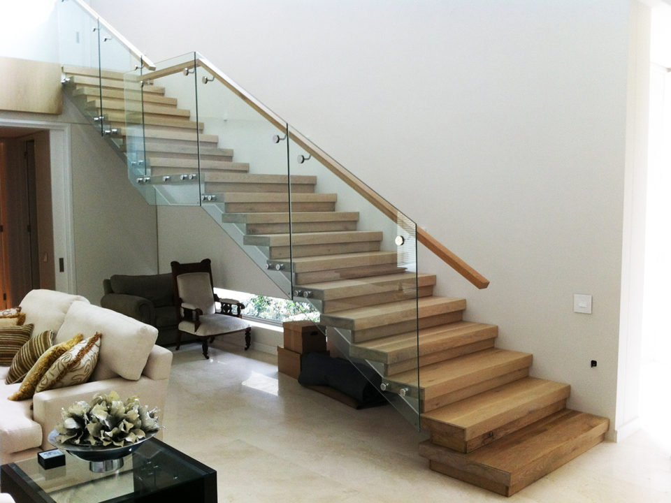 Solid Oak Stairs & Handrail